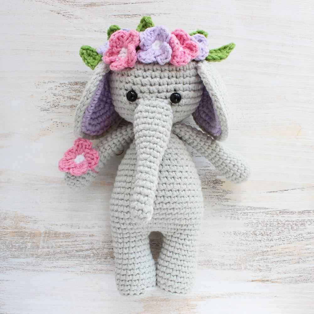 Mini Maker Yarn Crafts - Elephant Crochet Amigurumi Kit ... | 1000x1000