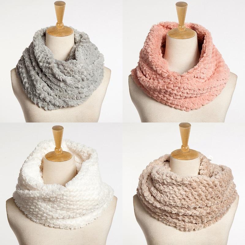 Women Necklace Faux Fur Winter...