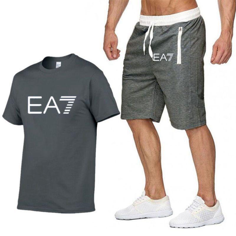 2019-new-solid-color-T-shirt-men-s-black-100-cotton-T-shirt-suit-short-two.jpg_640x640 (6)