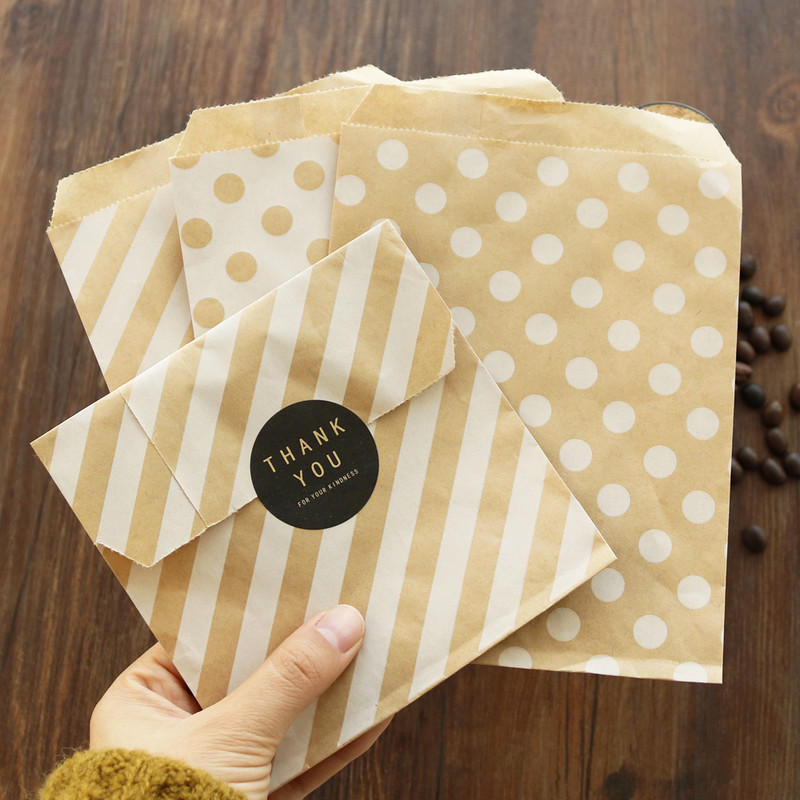 36pcs Kraft Paper Bag Stripe Dots Chevron Cookie Candy Bag Popcorn Gift Paper Bags Box Party Birthday Decoration Packing Bags