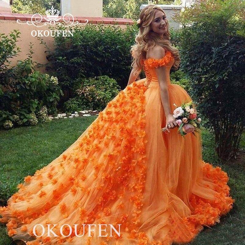 Princesse Orange Tulle Quinceanera robes avec fleurs 2020 épaule dénudée longue chapelle Train robe de reconstitution historique robe de bal