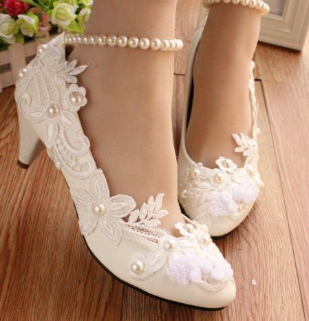 ФОТО Med heel hand made lace wedding shoes woman white ivory bridal bridesmaid wedding pump shoes TG463 on sales ankle pearl bracelet
