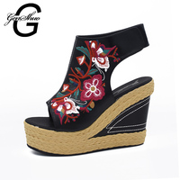 GENSHUO 2017 National Style Women S Open Toed Sandals Women Embroidered Grass Wedge Women S Straw