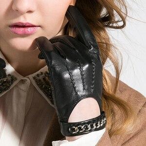 Image 2 - Gours 秋と冬の女性の革手袋ファッションブランド黒半袖駆動グローブ金属チェーンゴートスキンミトン GSL008