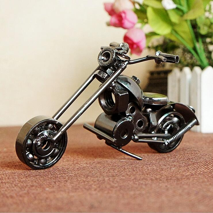 Vintage Trumpet For Harley Motorcycle Model Retro Motor Figurine Iron Motorbike Metal Crafts For Home Decor Gift