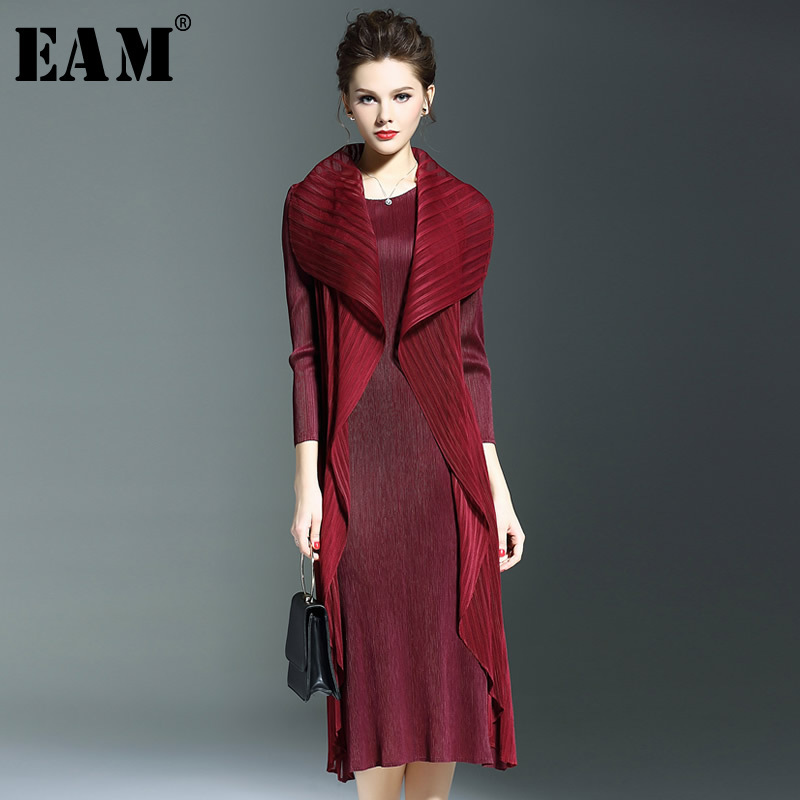 [EAM] 2018 New Summer Round Neck Three-quarter Sleeve Black Temperament Pleated Split Joint Loose Dress Women Fashion Tide JG412