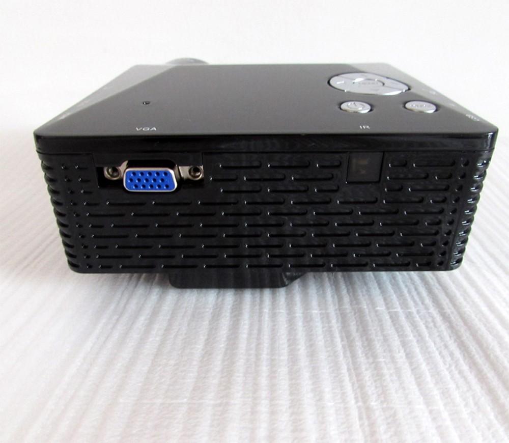 mini projector-side2