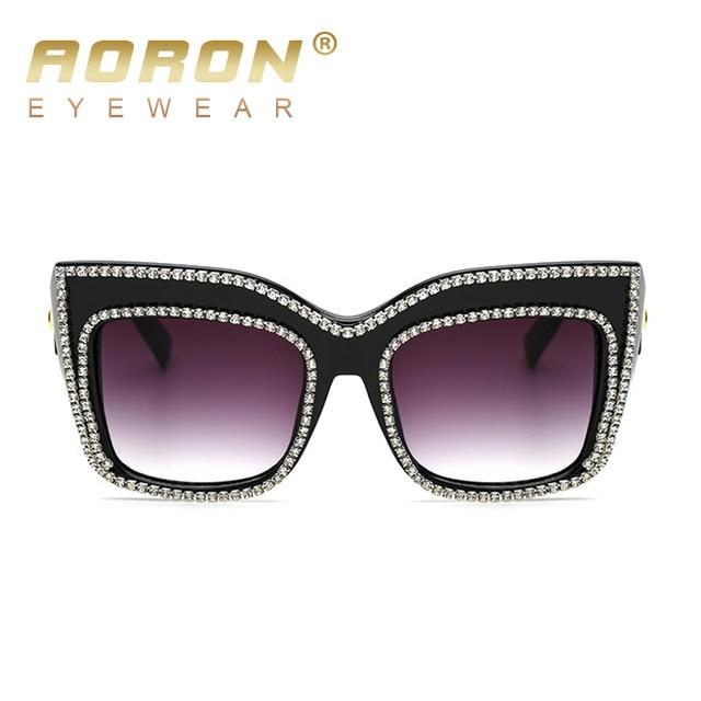 High Quality Steampunk Fashion Cat Eye Women Sunglasses Crystal Decoration Oversized Glasses Outdoor Luxury Eyewear oculos