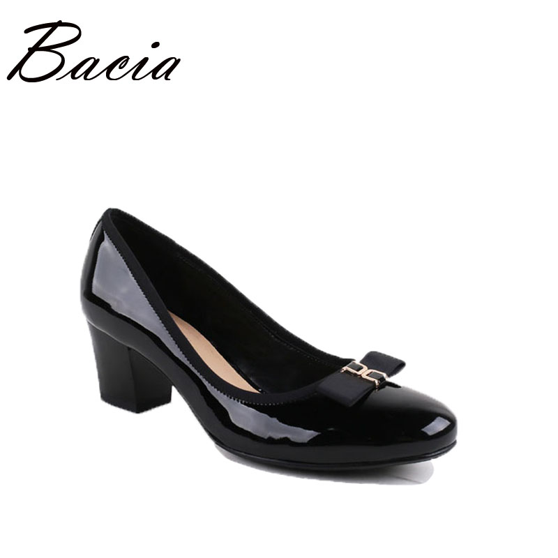 Bacia 2017 Fashion Basic Pumps High Quality Patent Leather Shoes Slip-on Round Toe Square Heels Casual Footwear Shoes VC013 bacia casual shoes luxury british style leather square heels for women spring autumn high quality pumps round toe shoes vc011