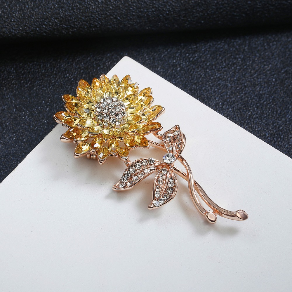 Crystal Tassel Rhinestone Hanger dangle CC 5 women brooches Flower Gold Brooch pin jewelry