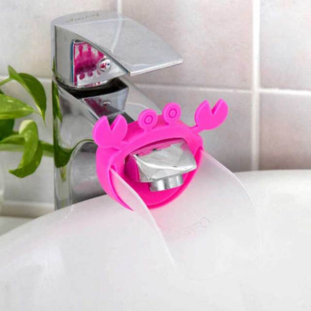 2018 New Cute Faucet Extender Toddlers Kids Babies Sink Handle Extenders for Home Bathroom Accessory Supply 2