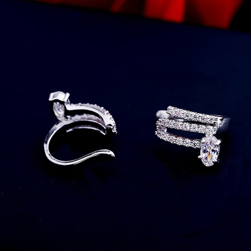 Elegant Oval Crystal Cuff Earrings For Women No Pierced Simple Silver Color Circle Cubic Zirconia Stone Ear Clip Broncos Earring