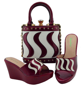 Image 5 - Matching Shoes and Bag Set Gold Color Italian Ladies Shoe and Bag Set Decorated with Rhinestone African Party Shoes MD005