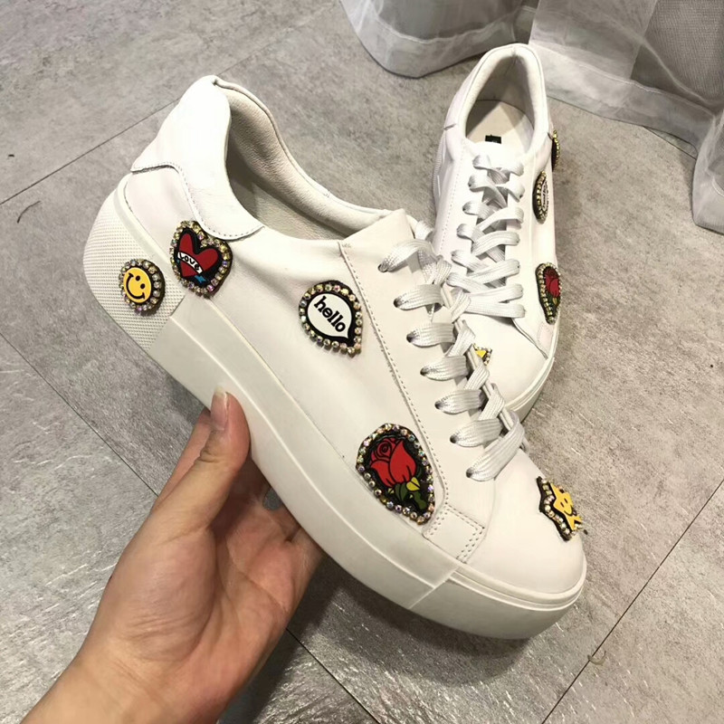 Woman Sneakers White Spring 2018 Spring Woman Casual Shoes Green/yellow /Red /white Shoes Female Canvas Shoes White Sneakers lson female to female breadboard jumper dupont cable white black red blue yellow 28 pcs