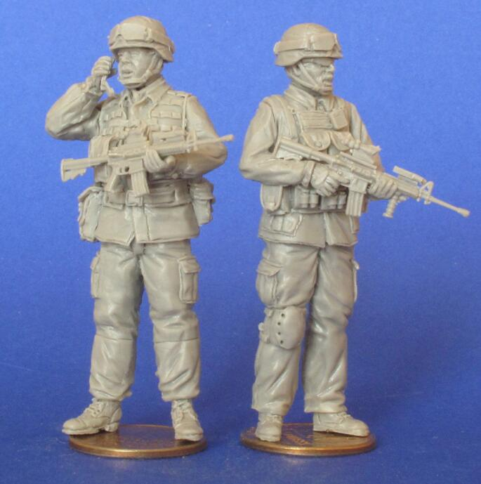 Assembly Unpainted Scale 1/35 The modern American soldiers stand figure Historical WWII Resin Model Miniature Kit