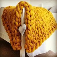 MYLBU Miss Fashion Hand Chunky Wool Knitted Blanket Thick Yarn Merino Wool Bulky Knitting Throw Soft