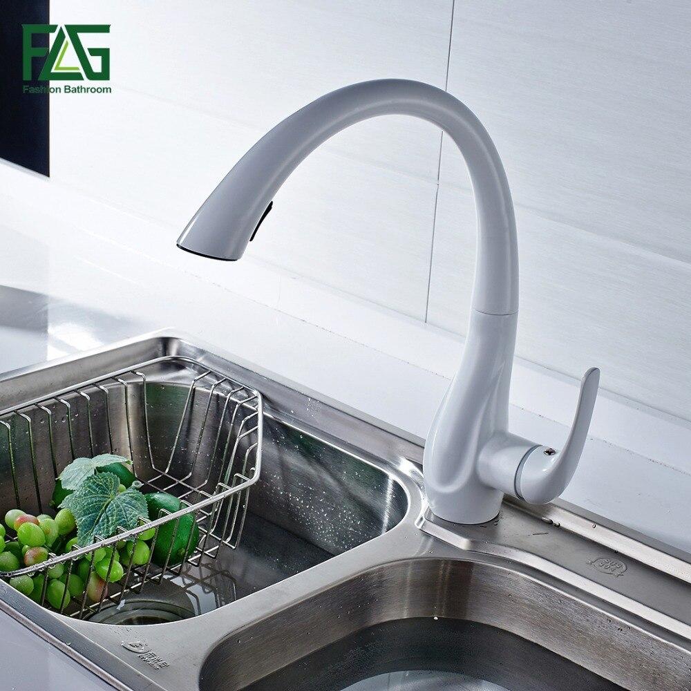 Весенний стиль белый кухонный кран Выдвижной латунный опрыскиватель поворотный носик горячий холодный кран водопроводной воды Смеситель ...