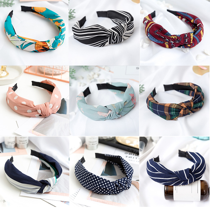 5757e6ee3cb1a 2018 New Womens Girl Headband Twist Hairband Bow Knot Cross Tie Velvet  Headwrap Hair Band Hoop Print Floal Headwear-in Women s Hair Accessories  from Apparel ...