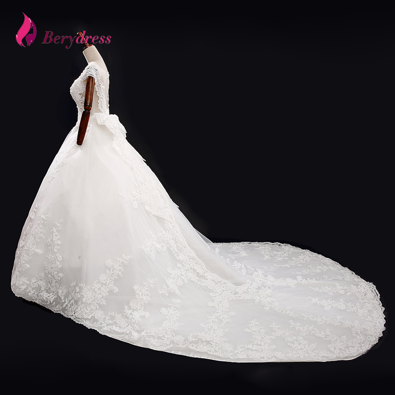 Custom Made Royal Train Wedding Gowns Ivory/White Appliques Beading Tulle and Organza Ball Gown O neck Wedding Dresses