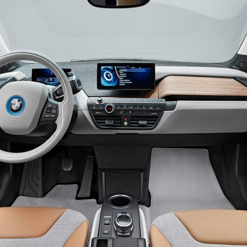 Car Video Interface with Dynamic Parking Guidelines for BMW i3 i8 with Idrive 5.0 NBT EVO system