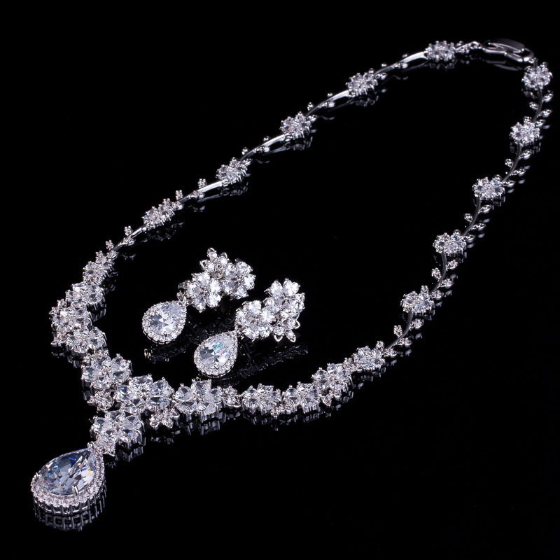 Clear Cubic Zirconia Crystal Bridal Jewelry Sets Silver Color Teardrop Flower Necklace Earrings Sets Wedding Engagement