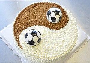 Image 2 - 2 teile/satz 3D Fußball Form Kuchen Form AluminumBall Kugel ungiftig Kuchen Form Schokolade Pan Mold Küche Backen Werkzeuge