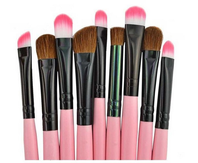 24 Pcs Makeup Brush Sets with Bag for Blending Foundation and Powder Suitable for Contouring and Highlighting 19