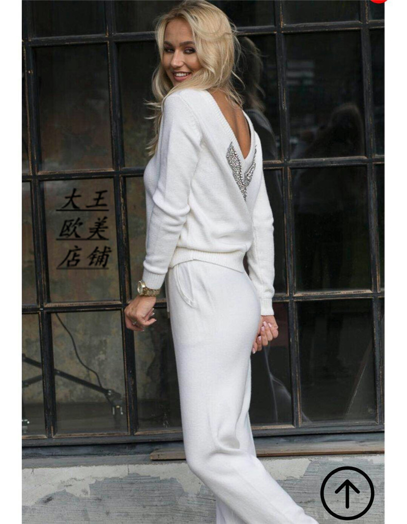 Tracksuits 2019 Spring New Women's Hot Sale 2 Piece Suit Knitted Mink Velvet Handmade Beaded Sexy V-neck Knit Two-piece Female
