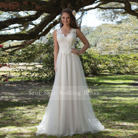Charming V Neck A Line Lace Wedding Dress White/Ivory Illusion Back Tulle Wedding Bridal Gowns Long Dress
