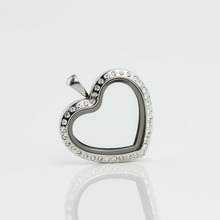 Newest Heart Shape Glass Floating Locket Pendant Stainless Steel Rhinestone Magnetic Floating Locket Living Charm Locket(China)