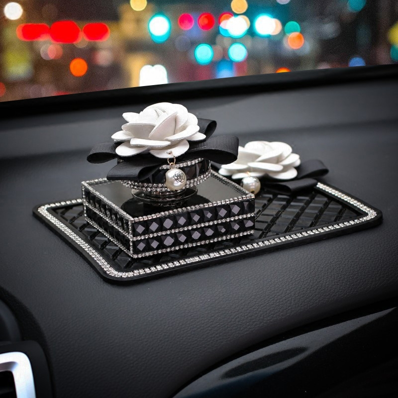 Luxury Crystal Flower Car Anti Slip Mat Non slip Sticky Car Silica Gel Pad Car Perfume