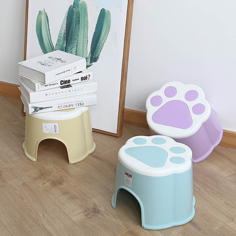 Creative Plastic Candy Color Cartoon Children Stool And Home Living Room Bedroom Outdoor Activities Convenient Small Cute Stool
