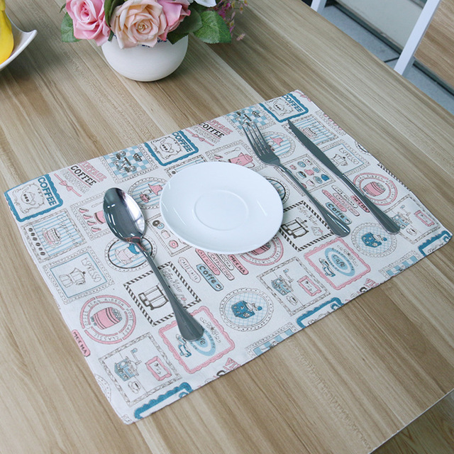 Korean Fresh Small Water Bottle Design Tablecloths With Placemats - Table pad factory