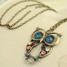 Hot Fashion Jewelry Vintage Colors Hollow Cute Owl Pendant Necklace Retro Hollow Carved Sweater Chain For Women Long Necklace(China)