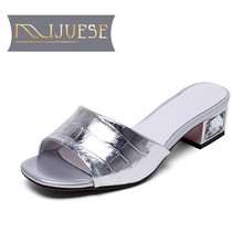 MLJUESE 2018 women slippers Genuine leather summer style crystal heel outsize slides croc sandals women size 34-43