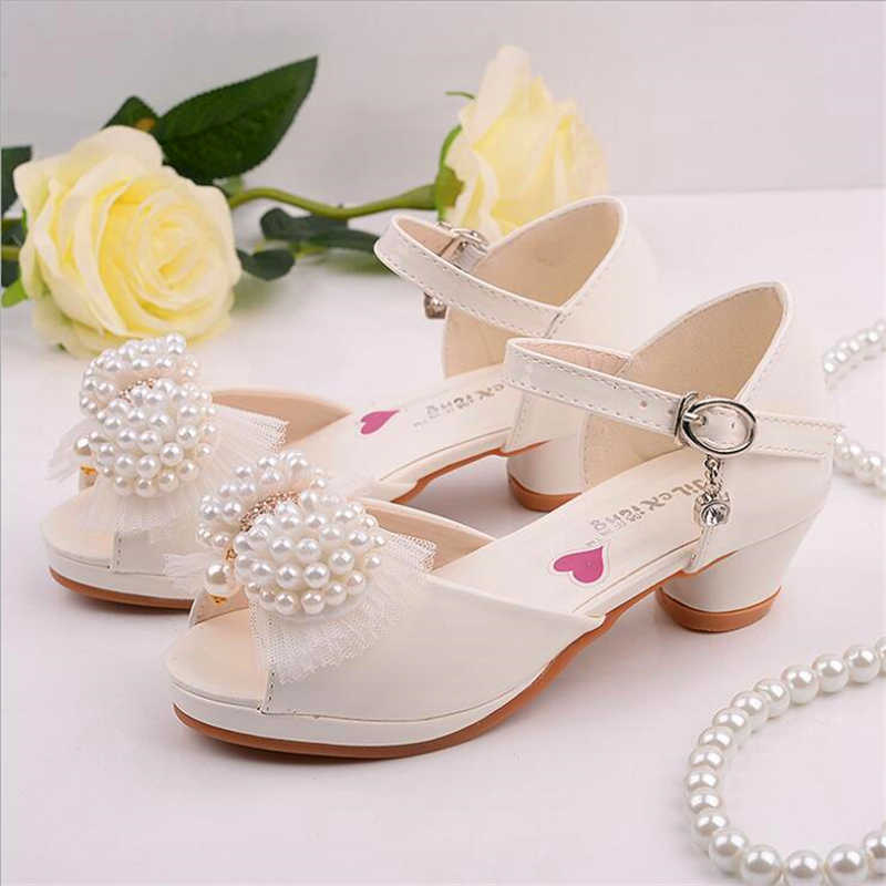 a46f2a83302 Children s shoes 2017 new Korean upscale girls sandals princess white pearl  dance shoes High-heeled
