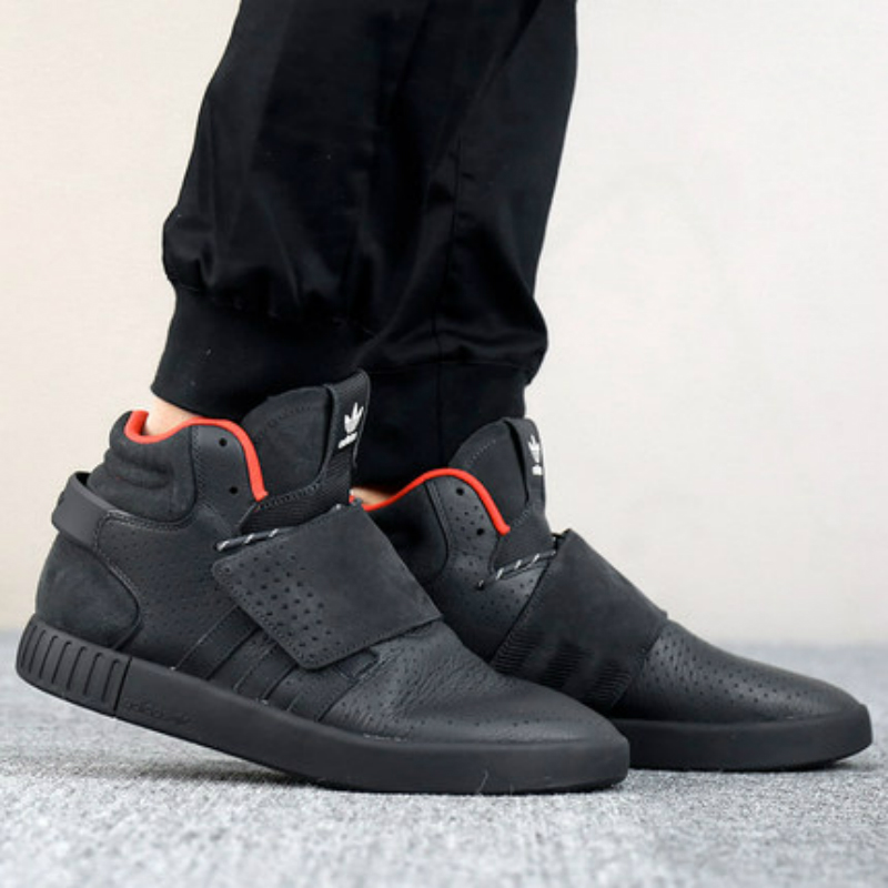 check out 1c12f b0122 Adidas Originals TUBULAR INVADER STRAP Unisex Skateboarding Shoes Sneakers  Official Original Outdoor Sports Athentic CQ0953-in Skateboarding from  Sports ...