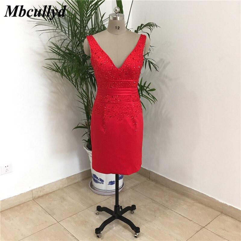 Mbcullyd élégante mère de la mariée robes 2019 courte genou longueur Satin robe de bal brillant perlé cristal robes de fiesta