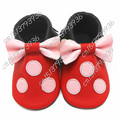 2016 New Cute Genuine Leather Bulk Mickey Minnie Bouse Kid Bow Tassels Baby Girl Moccasins Cartoon First Walkers Kids Soft Shoes