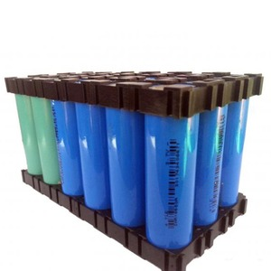 Image 1 - 100 ピース/ロットプラスチック 18650 バッテリーホルダーブラケット円筒 18650 ケース携帯ホルダー安全防振リチウムイオンバッテリーホルダー