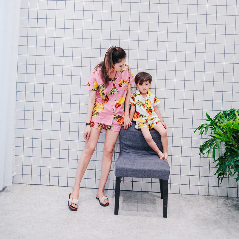 new home outfit, comfortable  Korean pineapple, pajamas, mother and daughter, family, home dress suit bse07 2015 new arrive super league christmas outfit pajamas for boys kids children suit st 004
