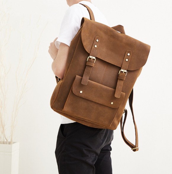 New   Genuine Leather Men's Bag Fashion Casual Backpack Large Men's Leather Carousel Retro travel  Backpack