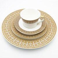 Main-peint Vaisselle De Luxe Plat Steak Plaque Or Et Diamant Série Mosaïque Porcelaine Série Européenne Style Verres 1 pcs