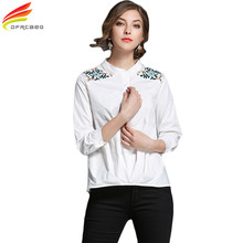 White Women Blouses 2017 Autumn Fashion Embroidery Floral Three Quarter Sleeve Tops Vintage Stand Blusas Femininas Cotton Shirts