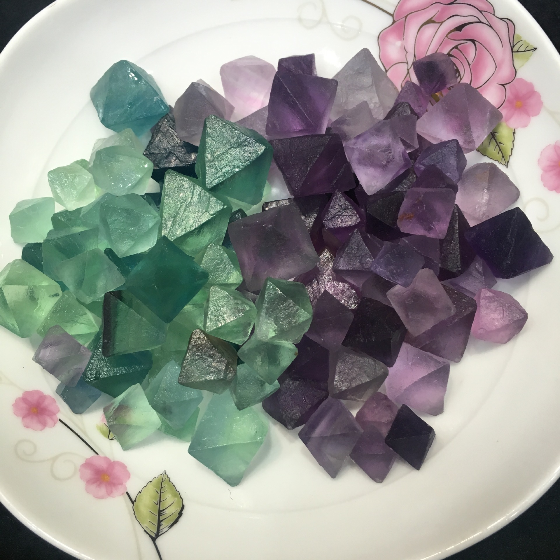 50g 1.5-2.5cm Tumbled Gemstone Natural Fluorite Octahedral Cube Small Natural Stones Fluorite Quartz Crystal A001