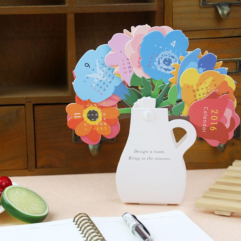 Creative Designed Kawaii Cute Flower 2016 Table Calendar