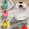 Мода детская одежда мультфильм костюм галстук с длинными рукавами футболка + брюки полосатый для кореи клиентов галстук с длинными рукавами футболка + брюки