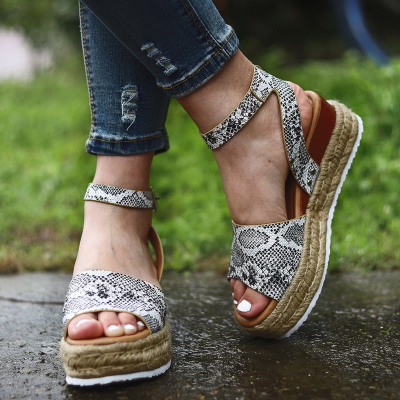 WENYUJH Wedges Shoes For Women High Heel Sandals Summer Shoes 2019 Chaussures Femme Platform Sandals Plus SizeWENYUJH Wedges Shoes For Women High Heel Sandals Summer Shoes 2019 Chaussures Femme Platform Sandals Plus Size