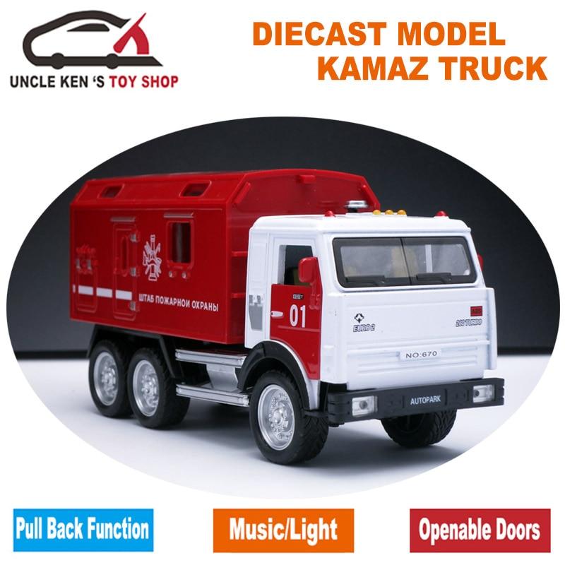 16.5cm legirane igrače, kovinski avtomobili, 1:32 Vojaški miniaturni tovornjaki KAMAZ za otroke fantje z darilno škatlo / funkcijo povleka nazaj / glasba / luč /