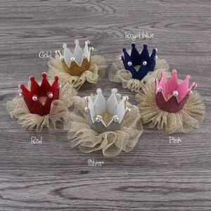 Image 2 - 30 teile/los 5 farben Newborn 3D Filz Kinder Crown + Mesh Blume Für Mädchen Haarschmuck Glitter Fühlte Krone Für ersten Geburtstag Hut